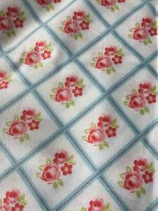 MASSIVE REMNANT Freespirit LIBBY 100% Cotton Fabric - SKY - Approx 114cm x 0.8M
