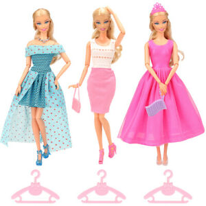 Barwa 13 fixed outfits (3skirts + 3hangers + 3shoes + 1necklace +1crown +2 bags)