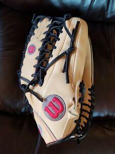 Wilson A2000 outfielder baseball glove new