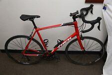 2018 Trek Domane AL 2 Aluminum 62cm 18 Speed Road Bike Bicycle - Red