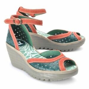 FLY LONDON YODA Green Leather Ankle Strap Wedge Sandals