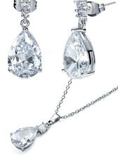 Pear Shape CZ18ct WhiteGold Plated Drop Earrings & Necklace Gift Set