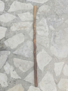 Ancienne canne de poilu avec vipère enlacée. Travail de tranchée WW1 .