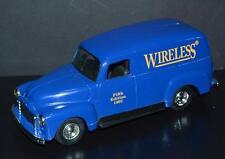 Ertl Car 1:25 Bank 1951 GMC Panel Van Wireless Fifth Edition Blue 1995 #2215