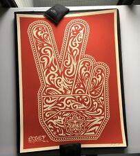 OBEY / Shepard Fairey: Peace Fingers Red/cream edition, poster signé et numéroté