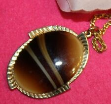 POPULAR SARAH COVENTRY SIGNED LARGE PENDANT/NECKLACE HEAVY AND STUNNING