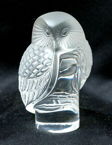 Rene Lalique Signed Art Crystal Glass Chouette Owl post 1945 France Paperweight
