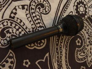 AKG Microphone / Mikrofon / Nummer 3