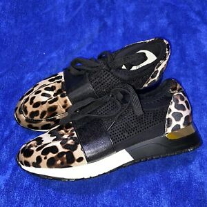 Non Branded Leopard Print And Gold Detail Trainer Size 7 / 40