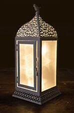 30CM WHITE METAL LANTERN WITH PVC REFLECTOR AND BATTERY OPERATED LEDS.