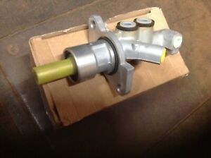 Brand New old stock master Cylinder 1997 Cadillac Caterra 9193213