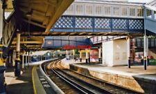PHOTO  LEWES RAILWAY STATION 2000: WESTWARD ON PLATFORM 4 TOWARDS BRIGHTON THIS