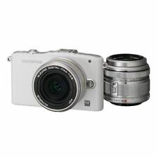 Excellent! Olympus E-PM1 12.3MP with 14-42mm + 17mm White - 1 year warranty
