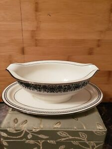 Noritake Ivory China Japan 7570 Prelude Gravy Boat Dinner Holiday Piece Silver