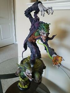 Sideshow Collectibles Gotham City Nightmare The Joker Exclusive Edition Statue