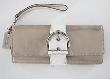 NWOT Authentic COACH Gold-Tone White LEATHER Buckle Wristlet Clutch Wallet