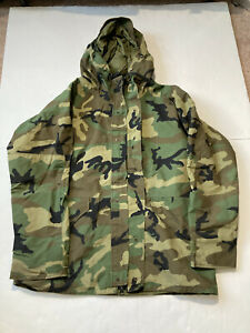 Military Issue GoreTex Woodland Camo Cold Weather Hooded Parka Alpha Industries