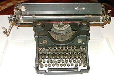 Macchina da scrivere: Olivetti M40 II Serie carrelo lungo (VINTAGE)