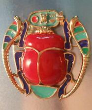 LG VINTAGE HATTIE CARNEGIE FIGURAL EGYPTIAN SCARAB ACRYLIC ENAMEL BROOCH PENDANT