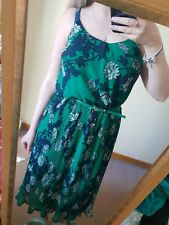 Oasis Green Floral Pleated Strappy Summer Belted Dress Lined Calf Length Size 10