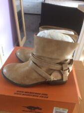 Rocket Dog Figaro Mclaren Boots Size 7
