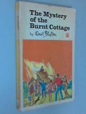 The Mystery of the Burnt Cottage (The Dragon Books),Enid Blyton