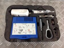 BMW MINI COOPER ONE R50 R52 TOOL KIT WITH COMPRESSOR AND TYRE SEALANT