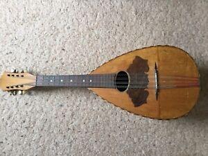 Schöne alte Laute Mandoline mit Schnitzereien