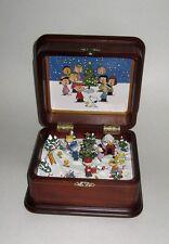 Danbury Mint Peanuts Christmas Diorama Music Box w/COA Charlie Brown Snoopy + 11