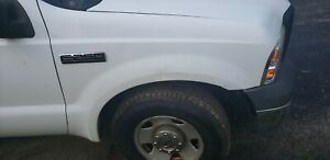 1999-2007 Ford Super Duty F250 Excursion FENDER Passenger white used
