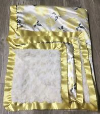 The Peanut Shell Plush Baby Blanket Satin Yellow White Floral 2014 32x40 GUC B4