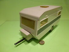 GAMA TABBERT CARAVAN WOHNWAGEN 1:18? - BROKEN WHITE - GOOD CONDITION