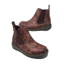 Heavenly Feet Low Wedge Red Floral  Chukka Boots UK 8