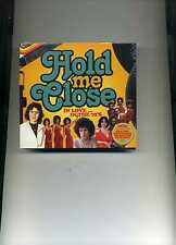 HOLD ME CLOSE - 70S DAVID ESSEX ABBA DIANA ROSS BARRY MANILOW - 3 CDS - NEW!!
