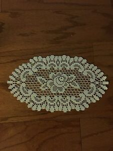 """Heritage Lace Polyster Oval """"Ivory"""" Rose Doiliy 8"""" Wide by 13"""" Long  (123)"""