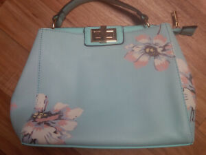 Turquoise Floral Faux Grosgrain Leather Grab Handbag with 5 pockets BRAND NEW