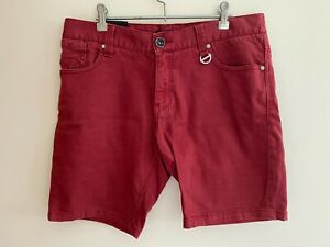 BILLABONG Shorts - Size 32