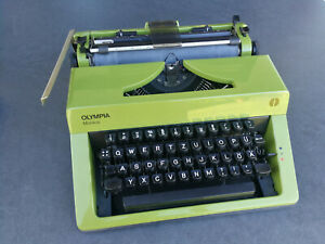 Olympia Monica Schreibmaschine mit Koffer