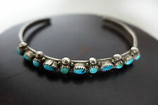 VERY OLD VINTAGE ZUNI STERLING SILVER PETIT POINT CLUSTER THIN BRACELET (MOA)