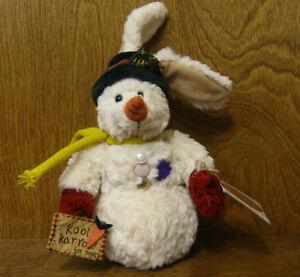 Ganz Cottage Coll. #cc11181 SNOWBUN by Lorraine Chien, RABBIT SNOWMAN NEW/tag