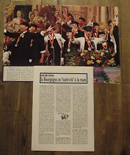 Article Bourgogne,Cadets Clos Vougeot ,vin, art de vivre,photo,1968 , clipping