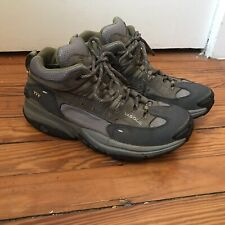 Vasque Hiking Trail Boots Women's Green Mid XCR Gore-Tex 7371 - US 9