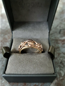 'Clogau',  9ct Rose &Yellow Gold 'TREE of LIFE' Ring. O 1/2.  Ref xaeod%