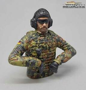 1:16 Figur Resin fertig bemalt Panzer Soldat Flecktarn mit Sonnenbrille FB1008