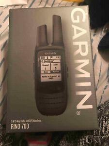 Garmin 010-01958-20 Rino 700 GPS 2.2in Navigator Handheld Communicator...