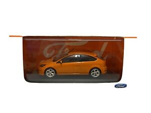1/43 FORD FOCUS ST IN ORANGE. MINICHAMPS FORD PROMOTIONAL