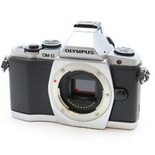 EXCELLENT!! OLYMPUS OM-D E-M5 SILVER SD CARD 16GB CLASS 10 SET!!