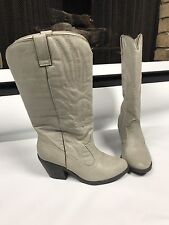 Western COWBOY Boots Womens size 6.5 GRAY Embroidered Block Heel Qupid~oo