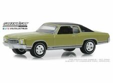 GREENLIGHT 13250D 1/64 1971 CHEVROLET MONTE CARLO SS COTTONWOOD GREEN