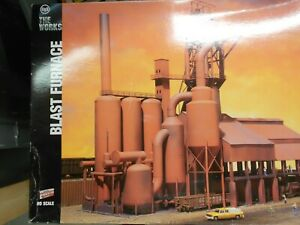 WALTHERS BLAST FURNACE  /  PLUS WALTHERS PIPING KIT